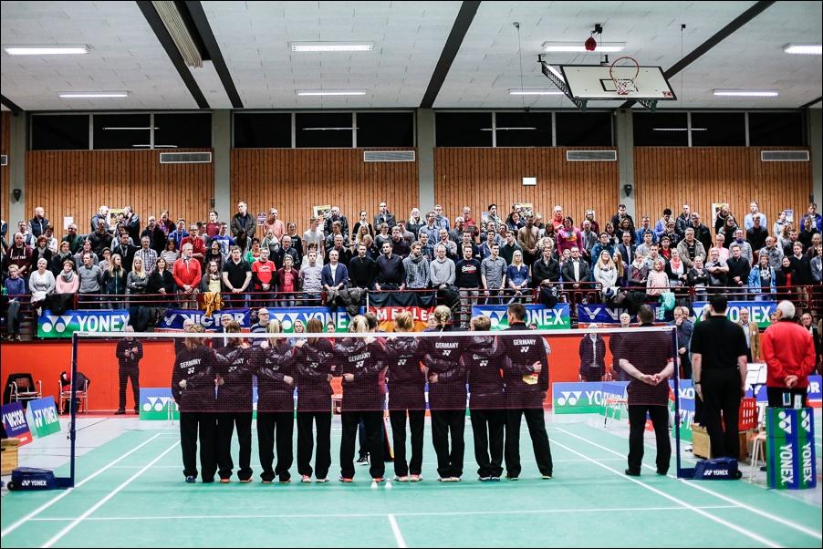 badminton-laenderspiel-deutschland-frankreich-melle-peoplefotografie-sportfotografie-reportagefotografie-osnabrueck-people-sport-reportage-07