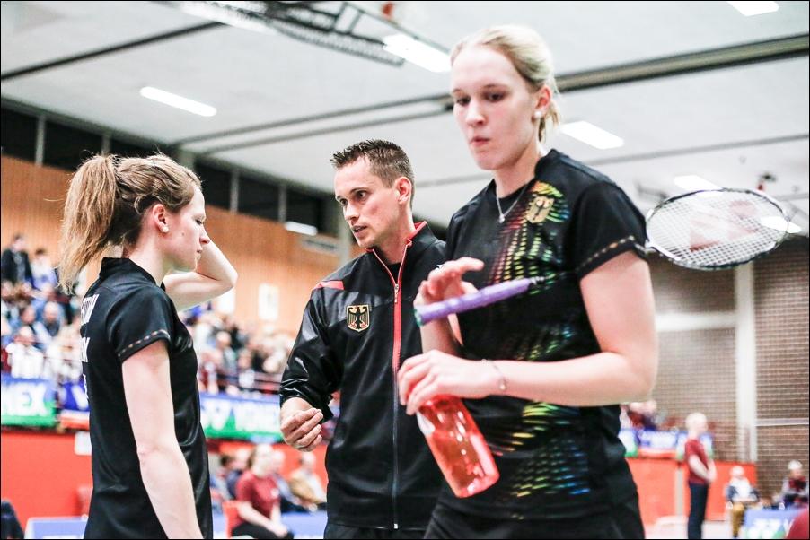 badminton-laenderspiel-deutschland-frankreich-melle-peoplefotografie-sportfotografie-reportagefotografie-osnabrueck-people-sport-reportage-14
