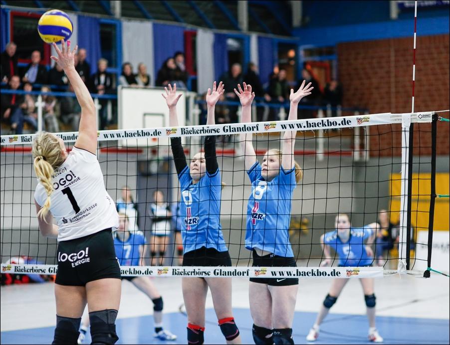 volleyball-dritte-liga-west-frauen-bad-laer-gegen-marmagen-nettersheim-peoplefotografie-sportfotografie-reportagefotografie-osnabrueck-people-sport-reportage-16