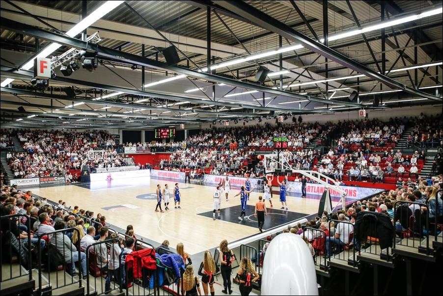 basketball-artland-dragons-playoffs-2016-peoplefotografie-sportfotografie-reportagefotografie-osnabrueck-people-sport-reportage-02