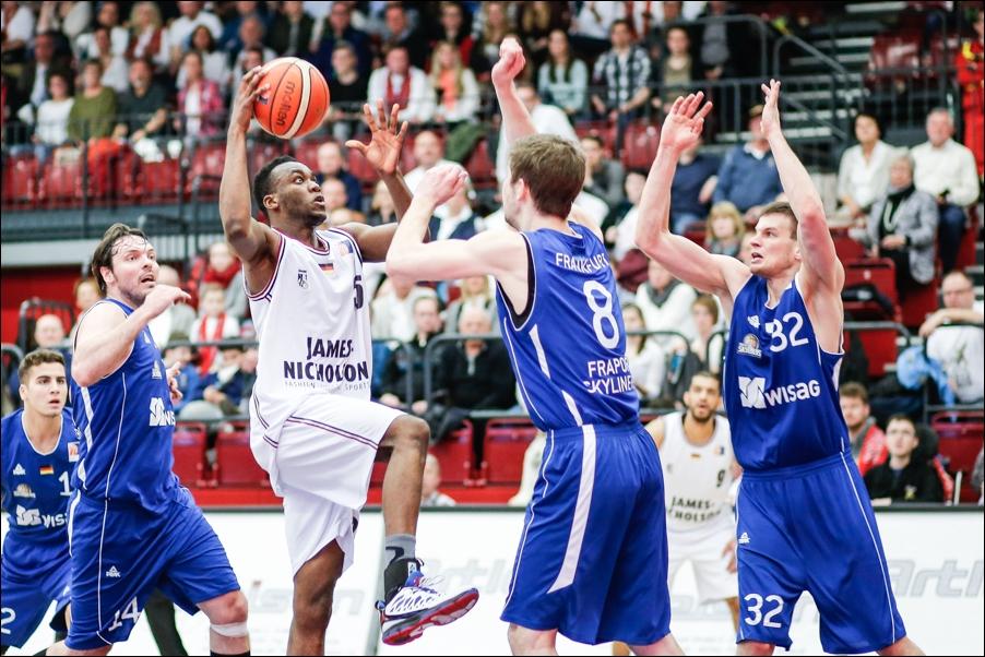 basketball-artland-dragons-playoffs-2016-peoplefotografie-sportfotografie-reportagefotografie-osnabrueck-people-sport-reportage-07