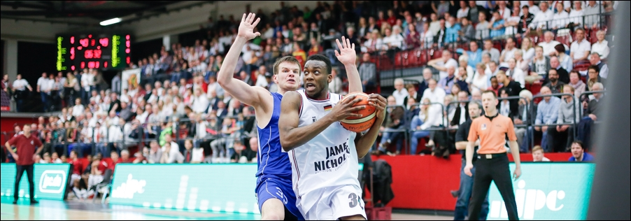 basketball-artland-dragons-playoffs-2016-peoplefotografie-sportfotografie-reportagefotografie-osnabrueck-people-sport-reportage-11