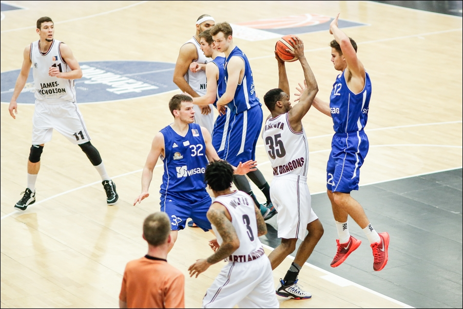 basketball-artland-dragons-playoffs-2016-peoplefotografie-sportfotografie-reportagefotografie-osnabrueck-people-sport-reportage-12