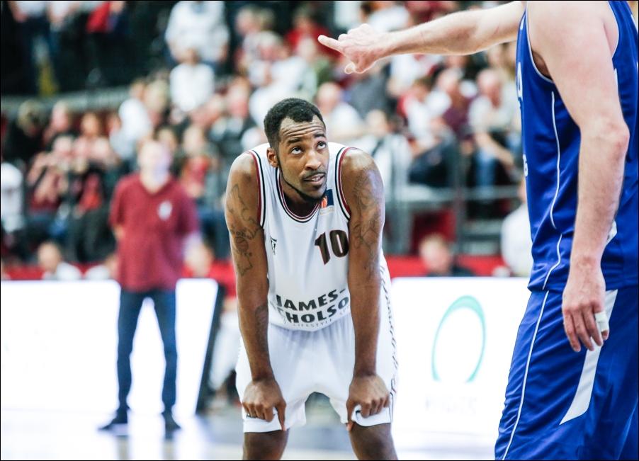 basketball-artland-dragons-playoffs-2016-peoplefotografie-sportfotografie-reportagefotografie-osnabrueck-people-sport-reportage-13