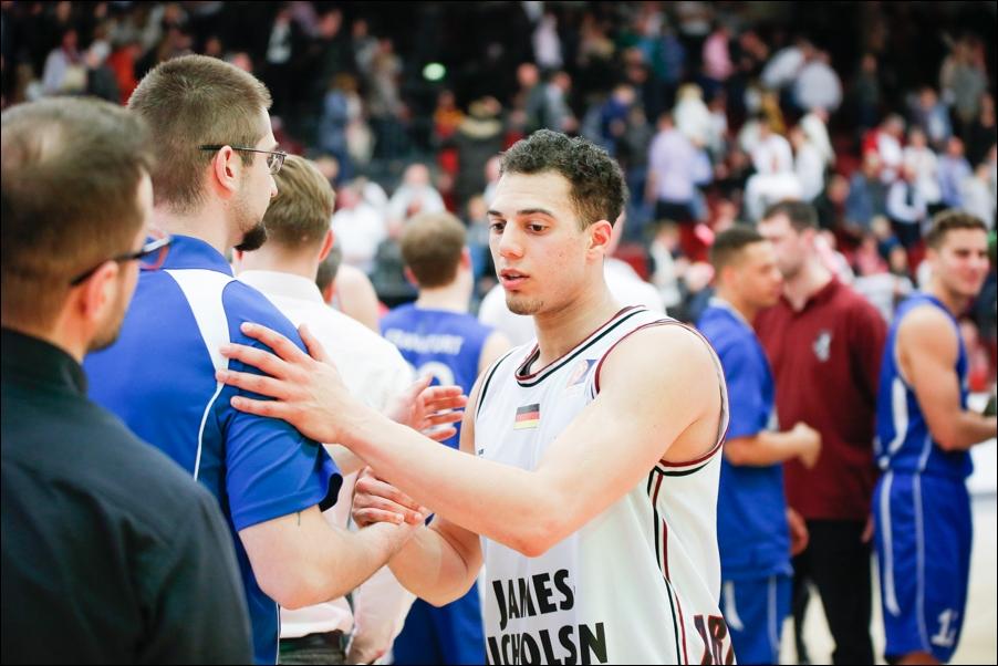 basketball-artland-dragons-playoffs-2016-peoplefotografie-sportfotografie-reportagefotografie-osnabrueck-people-sport-reportage-15