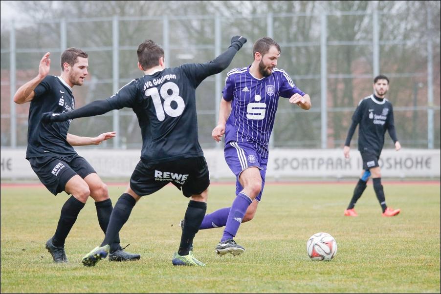 fussball-und-handball-oberliga-peoplefotografie-sportfotografie-reportagefotografie-osnabrueck-people-sport-reportage-17