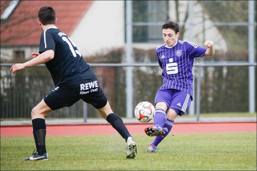 fussball-und-handball-oberliga-peoplefotografie-sportfotografie-reportagefotografie-osnabrueck-people-sport-reportage-18