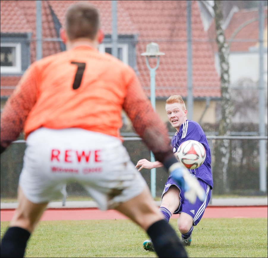 fussball-und-handball-oberliga-peoplefotografie-sportfotografie-reportagefotografie-osnabrueck-people-sport-reportage-20