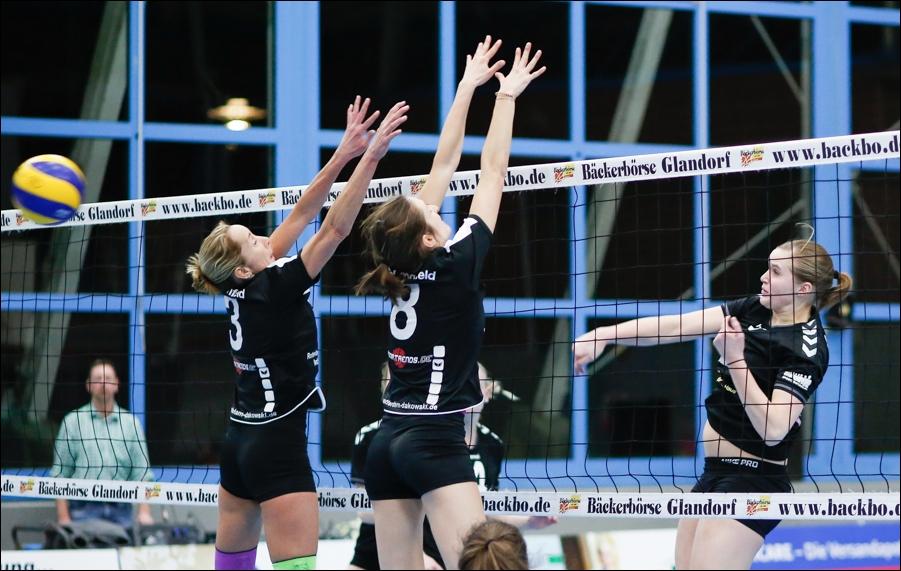 turnen-fussball-schwimmen-volleyball-peoplefotografie-sportfotografie-reportagefotografie-osnabrueck-people-sport-reportage-28