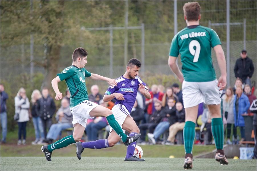 fussball-a-junioren-regionalliga-nord-osnabrueck-luebeck-peoplefotografie-sportfotografie-reportagefotografie-osnabrueck-people-sport-reportage-10