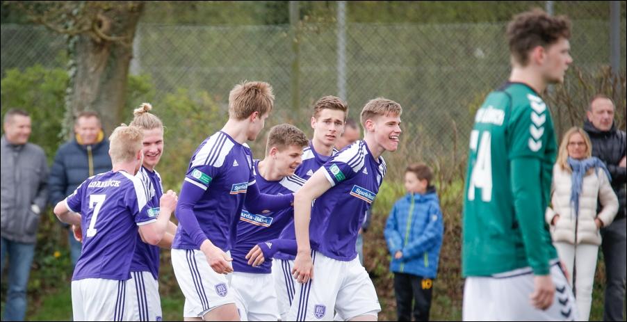 fussball-a-junioren-regionalliga-nord-osnabrueck-luebeck-peoplefotografie-sportfotografie-reportagefotografie-osnabrueck-people-sport-reportage-13