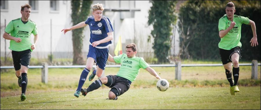 fussball-hunteburg-gegen-rulleII-2016-peoplefotografie-sportfotografie-reportagefotografie-osnabrueck-people-sport-reportage-04