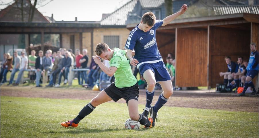 fussball-hunteburg-gegen-rulleII-2016-peoplefotografie-sportfotografie-reportagefotografie-osnabrueck-people-sport-reportage-14
