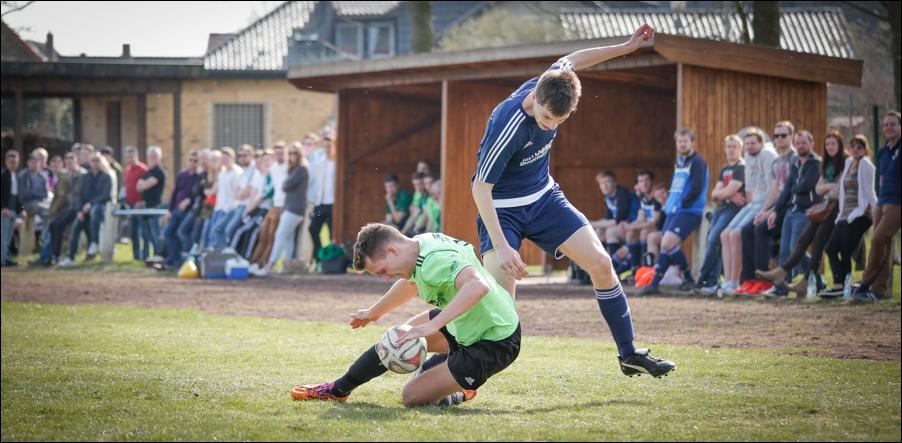 fussball-hunteburg-gegen-rulleII-2016-peoplefotografie-sportfotografie-reportagefotografie-osnabrueck-people-sport-reportage-15
