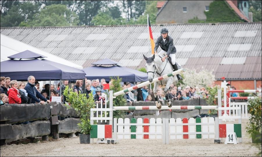 reitsport-gut-stockum-bissendorf-peoplefotografie-sportfotografie-reportagefotografie-osnabrueck-08