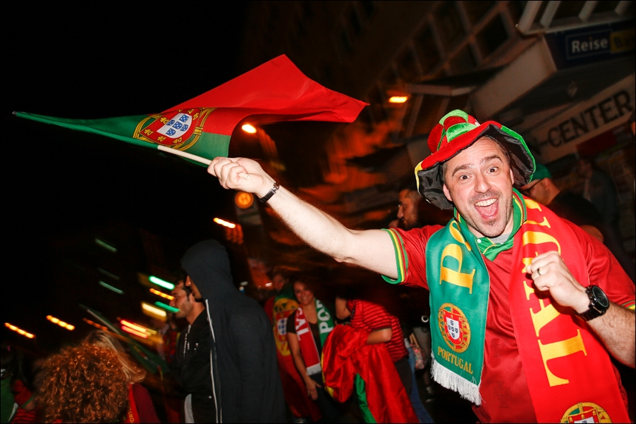 em-finale-portugiesen-neumarkt-osnabrueck-peoplefotografie-sportfotografie-reportagefotografie-osnabrueck-03