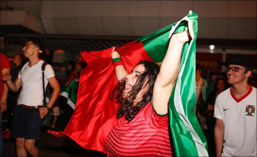 em-finale-portugiesen-neumarkt-osnabrueck-peoplefotografie-sportfotografie-reportagefotografie-osnabrueck-11