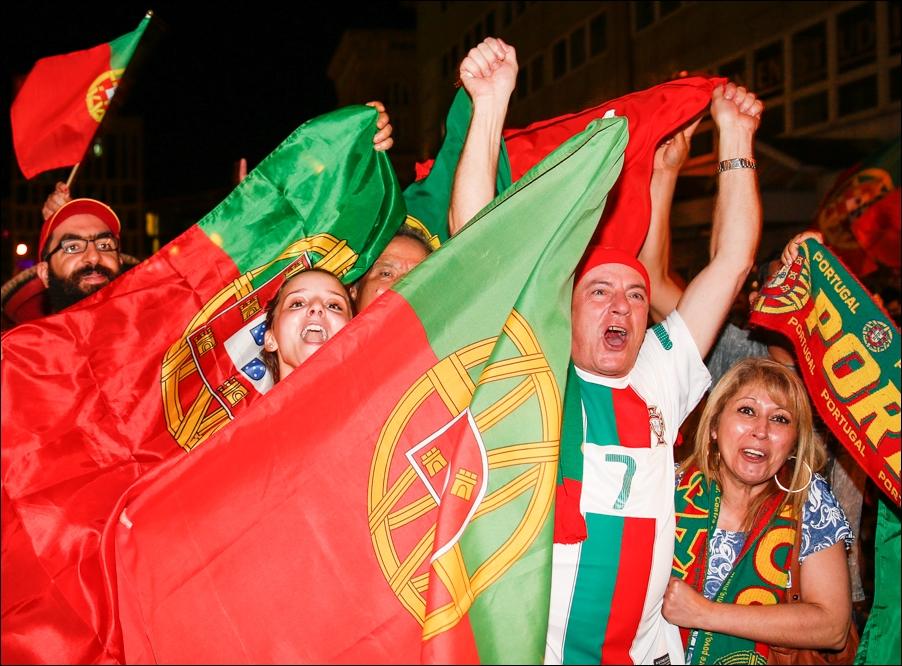 em-finale-portugiesen-neumarkt-osnabrueck-peoplefotografie-sportfotografie-reportagefotografie-osnabrueck-15