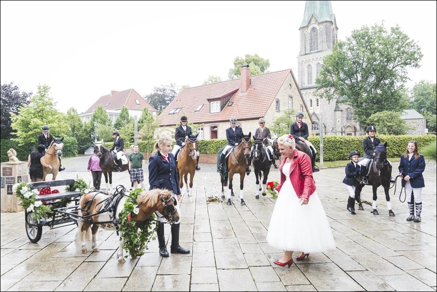 anika-christian-hochzeitsreportage-hochzeitsfotografie-hochzeitsfotograf-osnabrueck-hannover-moritzfrankenberg-18