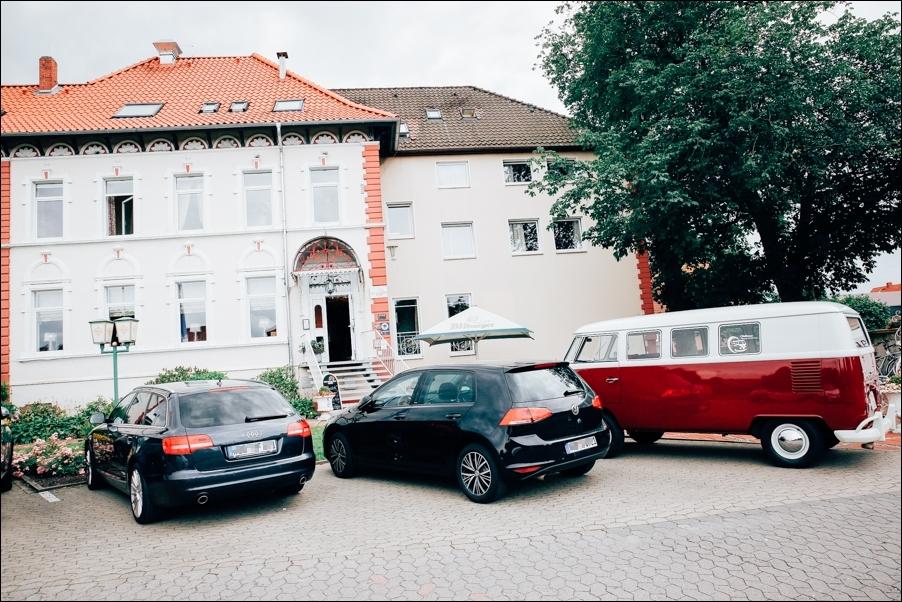 anika-torben-hochzeitsreportage-hochzeitsfotografie-hochzeitsfotograf-osnabrueck-hannover-moritzfrankenberg-09