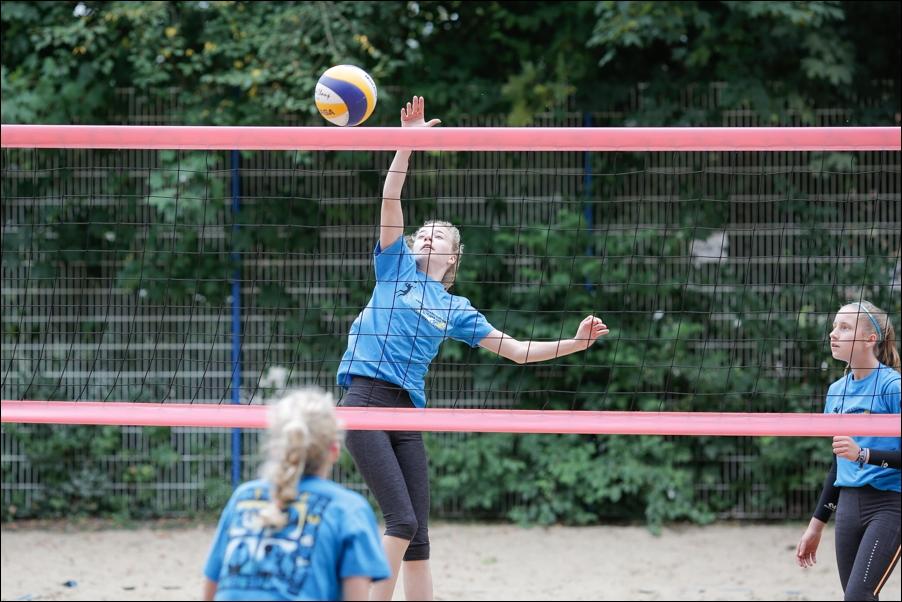 beachvolleyball-fussball-am-so-peoplefotografie-sportfotografie-reportagefotografie-osnabrueck-02