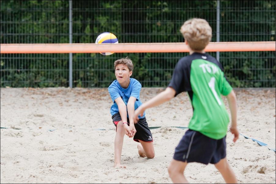 beachvolleyball-fussball-am-so-peoplefotografie-sportfotografie-reportagefotografie-osnabrueck-04