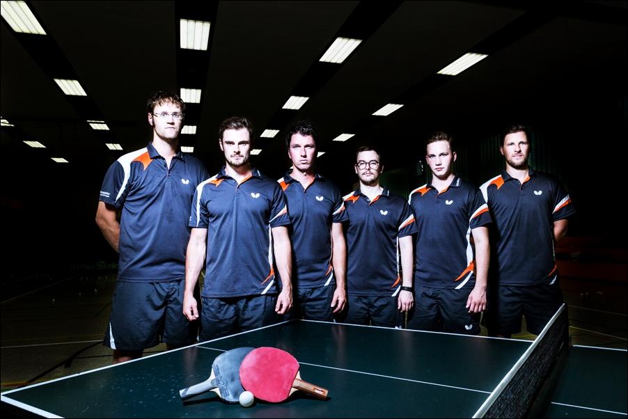 mannschaftsfoto-tischtennis-peoplefotografie-sportfotografie-reportagefotografie-osnabrueck-people-sport-reportage-3