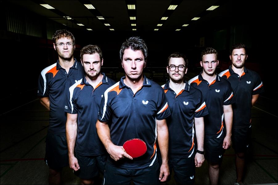 mannschaftsfoto-tischtennis-peoplefotografie-sportfotografie-reportagefotografie-osnabrueck-people-sport-reportage-4