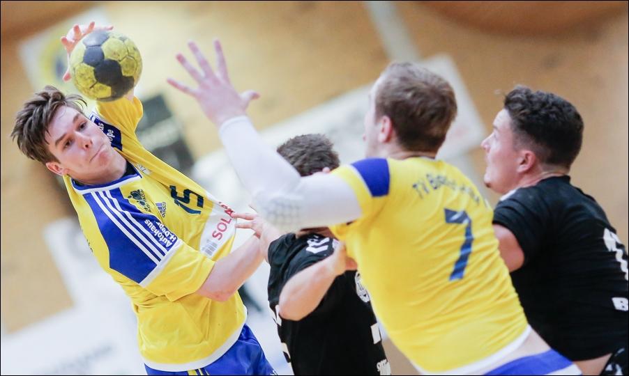 handball-oberliga-bissendorf-gegen-cloppenburg-peoplefotografie-sportfotografie-reportagefotografie-osnabrueck-people-sport-reportage-02