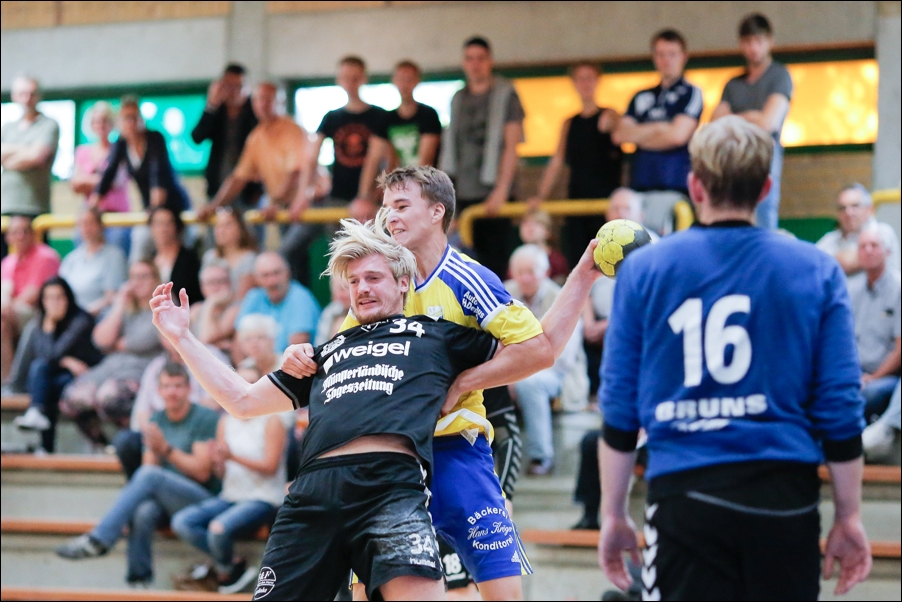 handball-oberliga-bissendorf-gegen-cloppenburg-peoplefotografie-sportfotografie-reportagefotografie-osnabrueck-people-sport-reportage-04