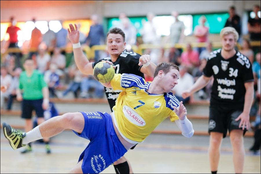 handball-oberliga-bissendorf-gegen-cloppenburg-peoplefotografie-sportfotografie-reportagefotografie-osnabrueck-people-sport-reportage-08