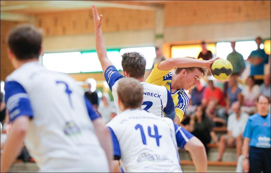 handball-oberliga-tv-bissendorf-holte-gegen-vfl-fredenbeck-ii-peoplefotografie-sportfotografie-reportagefotografie-osnabrueck-people-sport-reportage-07