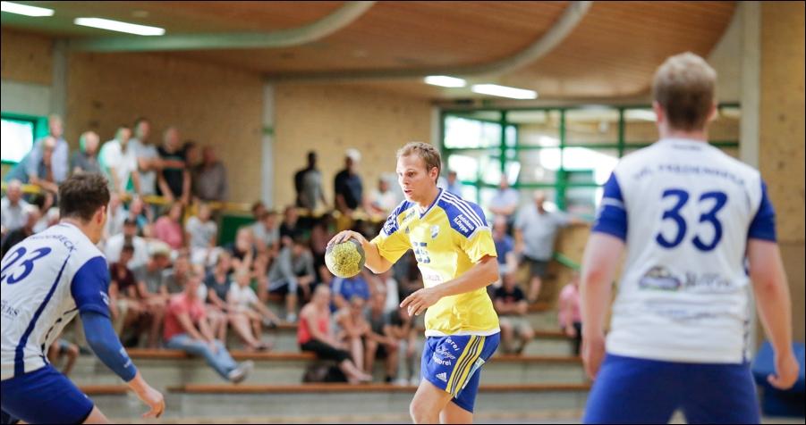 handball-oberliga-tv-bissendorf-holte-gegen-vfl-fredenbeck-ii-peoplefotografie-sportfotografie-reportagefotografie-osnabrueck-people-sport-reportage-08