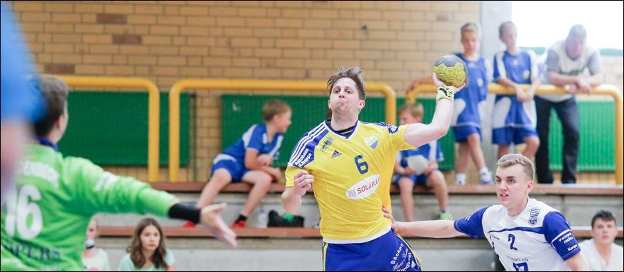 handball-oberliga-tv-bissendorf-holte-gegen-vfl-fredenbeck-ii-peoplefotografie-sportfotografie-reportagefotografie-osnabrueck-people-sport-reportage-10