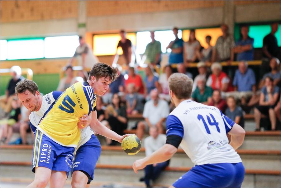 handball-oberliga-tv-bissendorf-holte-gegen-vfl-fredenbeck-ii-peoplefotografie-sportfotografie-reportagefotografie-osnabrueck-people-sport-reportage-11