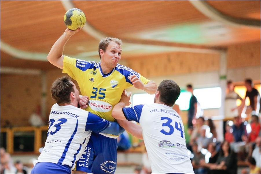 handball-oberliga-tv-bissendorf-holte-gegen-vfl-fredenbeck-ii-peoplefotografie-sportfotografie-reportagefotografie-osnabrueck-people-sport-reportage-15