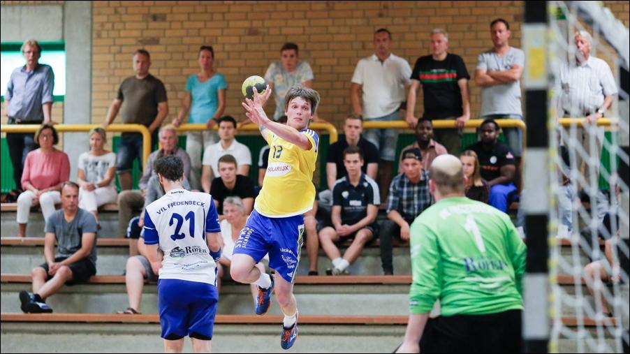 handball-oberliga-tv-bissendorf-holte-gegen-vfl-fredenbeck-ii-peoplefotografie-sportfotografie-reportagefotografie-osnabrueck-people-sport-reportage-17