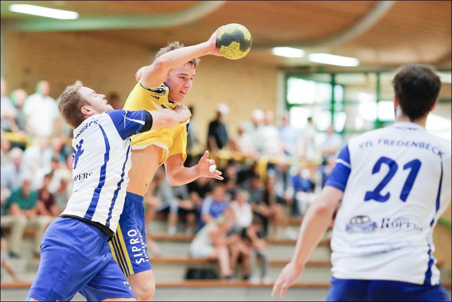 handball-oberliga-tv-bissendorf-holte-gegen-vfl-fredenbeck-ii-peoplefotografie-sportfotografie-reportagefotografie-osnabrueck-people-sport-reportage-22